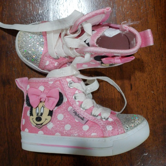 b5e4b69e70f2 Disney Other - Minnie Mouse Bling Sneaker Hi Tops Pink sz 5